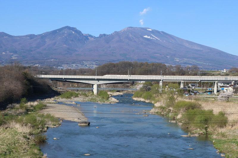 千曲川・新幹線千曲川橋梁: 信州・浅間山麓から